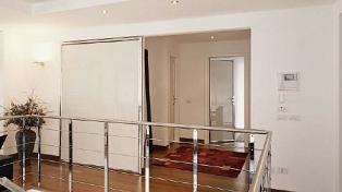 Un esempio di porta in stile moderno…
