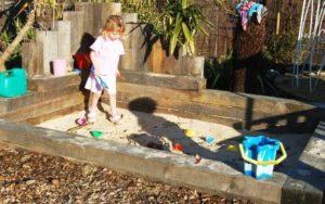 Cava di sabbia per bambini